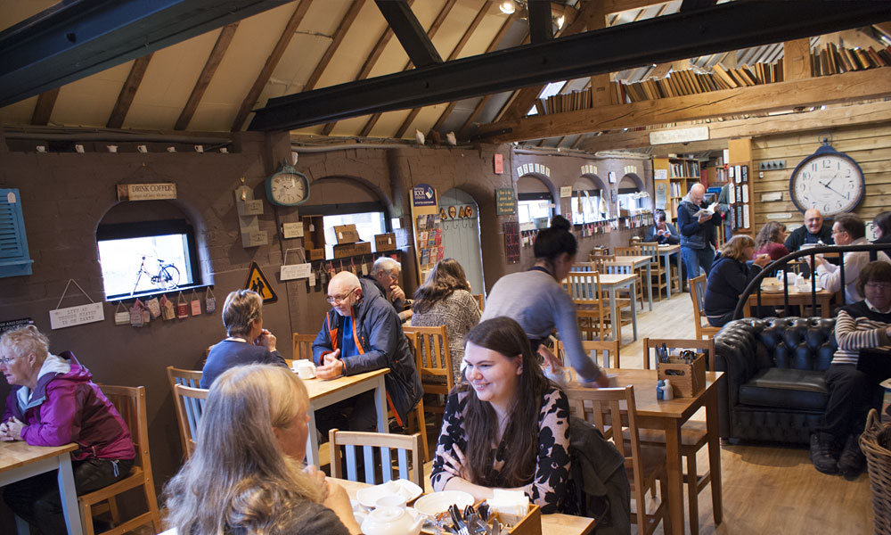Astley Book Farm's Coffee Shop